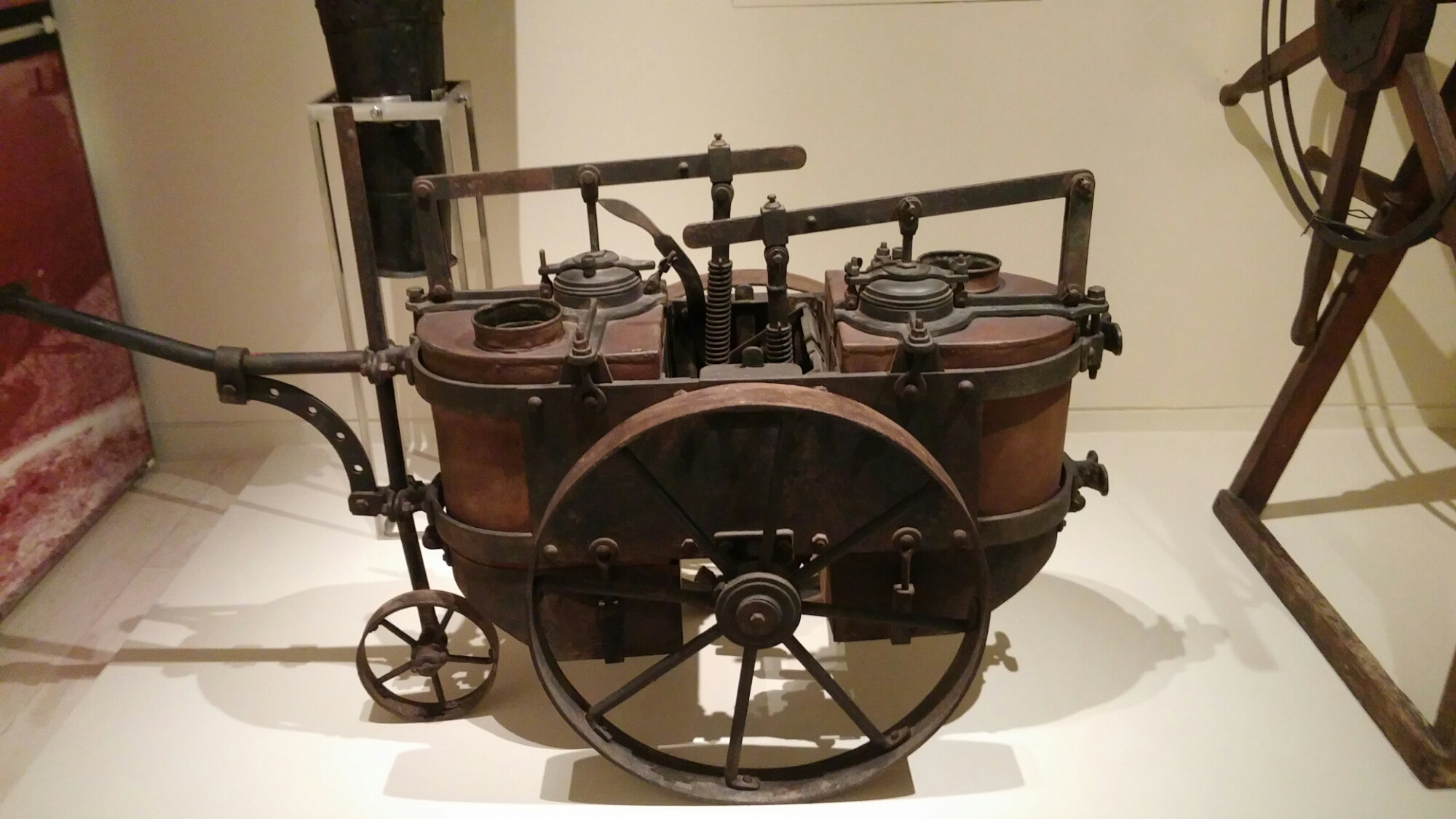 "Early spreader for ""Bordeaux mixture"""